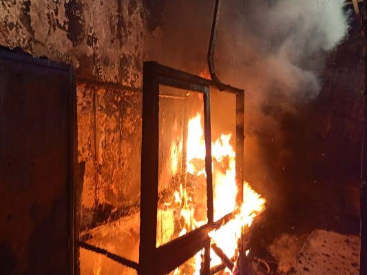kantor-dinkes-sulsel-2-kali-terbakar-dalam-2-hari