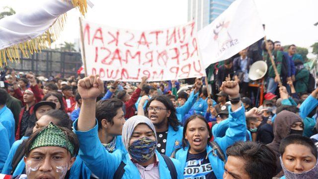pandemi-membuat-kampus-kampus-swasta-terancam-problem-tunggakan-ukt-mahasiswa