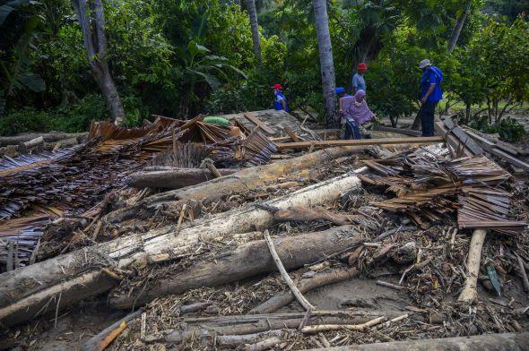sepanjang-2020,-indonesia-dilanda-1.927-bencana-alam