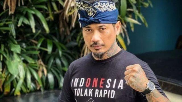 jerinx-walk-out-dari-sidang,-bukan-terdakwa-pertama-melakukannya-di-indonesia