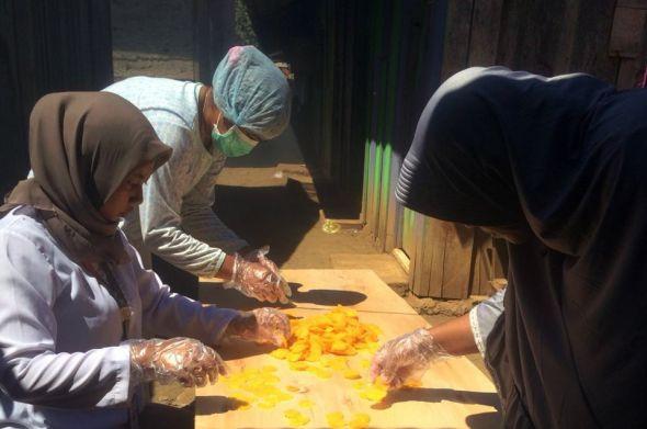 swasta-bantu-pemberdayaan-kuliner-umkm-di-pulau-obi