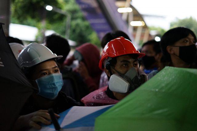 aksi-protes-anak-muda-thailand-semakin-mirip-gerakan-demokrasi-hong-kong