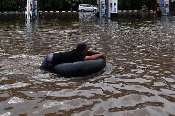 pemprov-dki-klaim-siap-antisipasi-banjir