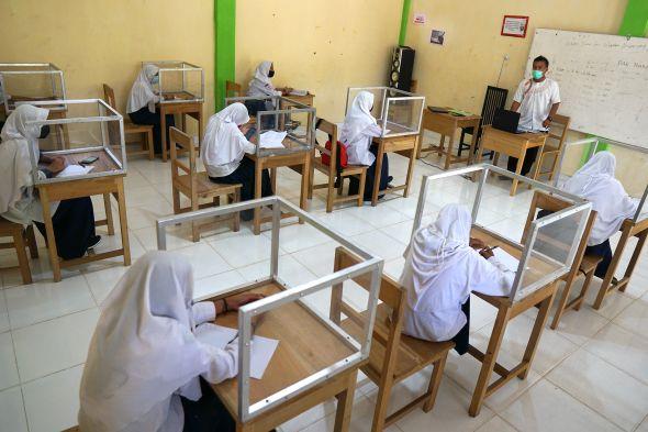 pembelajaran-tatap-muka-bergantung-penanganan-covid-19-di-daerah