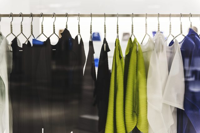 toko-baju-di-tiongkok-melabeli-pakaian-perempuan-berukuran-besar-'rotten'