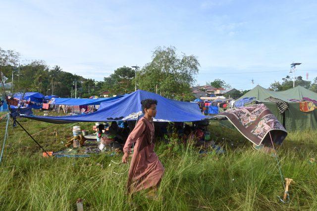 koruptor-yang-buron-9-tahun-tertangkap-di-tenda-pengungsi-gempa-mamuju