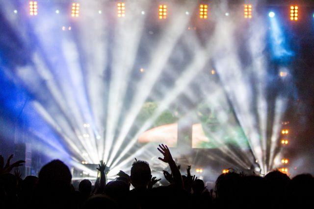 sandiaga-sebut-kapolri-beri-lampu-hijau-bisnis-eo-dan-konser-digelar-lagi