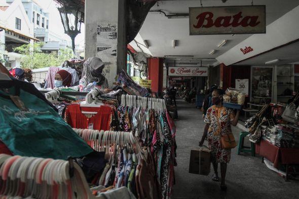 pemkab-kudus-denda-rp500-ribu-bagi-pembeli-di-zona-larangan-pkl