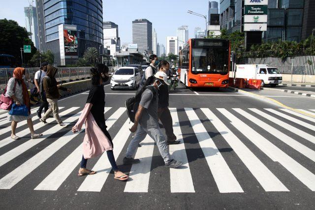 kerja-empat-hari-dalam-seminggu-makin-populer,-mungkinkah-diterapkan-di-indonesia?