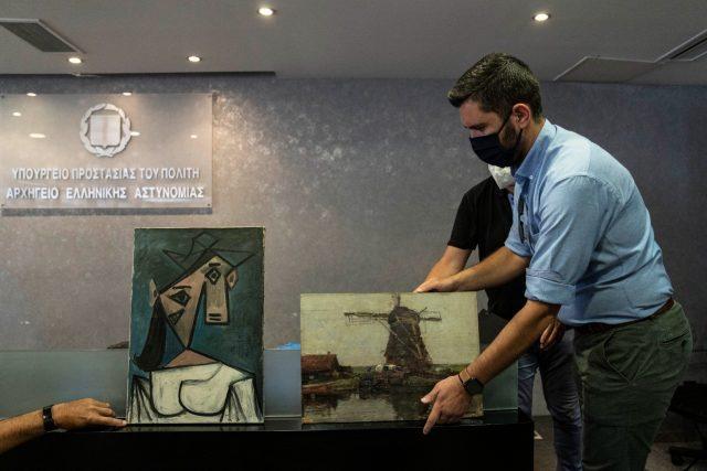 dicuri-9-tahun-lalu,-lukisan-picasso-berhasil-ditemukan-di-dasar-lemb