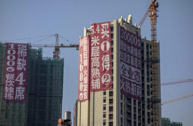 tiongkok-hancurkan-15-apartemen-pakai-bom-karena-pengembangnya-kehabisan-duit