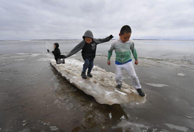 dalam-survei-global,-lebih-dari-separuh-anak-muda-yakin-perubahan-iklim-pemicu-kiamat
