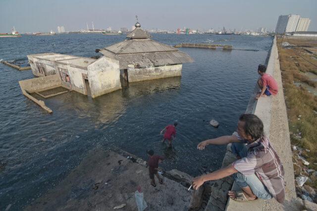jakarta-terancam-tenggelam-pada-2050:-konsep-kota-laut-bisa-jadi-salah-satu-solusi